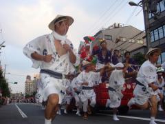 """三社まつり本祭""""三社太鼓""""宮入"""